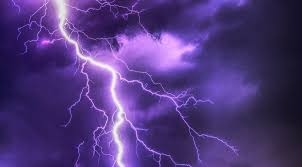 Pixabay https://pixabay.com/en/flash-thunderstorm-super-cell-2568383/